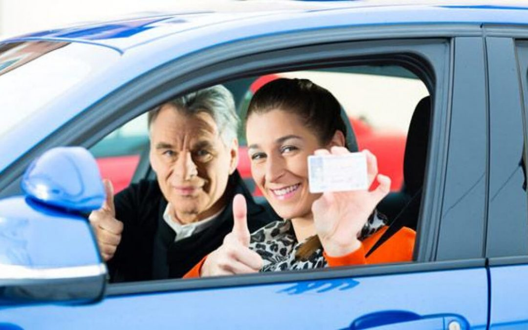 HOW TO Guide to get a Driving licence in UK